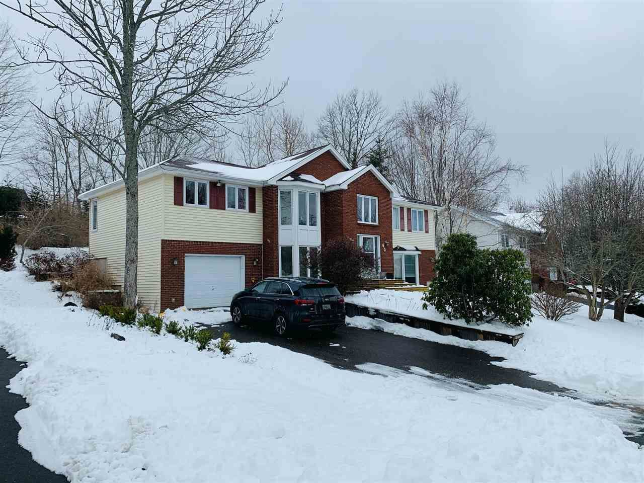 Main Photo: 63 Alicia Boulevard in Kentville: 404-Kings County Residential for sale (Annapolis Valley)  : MLS®# 202100209