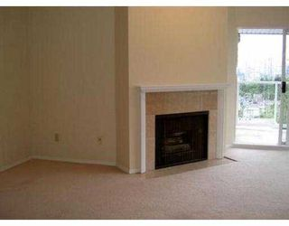 """Photo 4: 204 943 W 8TH AV in Vancouver: Fairview VW Condo for sale in """"SOUTHPORT"""" (Vancouver West)  : MLS®# V536722"""