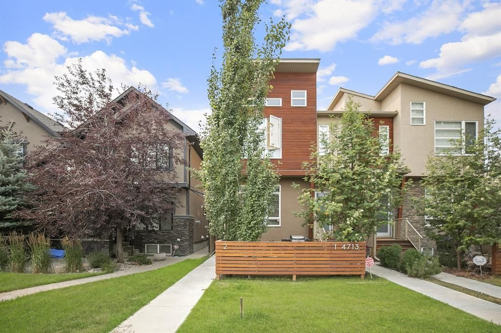 Main Photo: 2 4713 17 Avenue NW in Calgary: Montgomery Row/Townhouse for sale : MLS®# A1135543