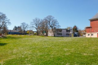 Photo 49: 1736 Foul Bay Rd in : Vi Jubilee House for sale (Victoria)  : MLS®# 860818