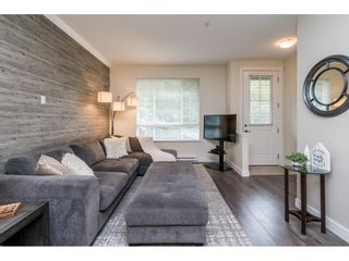 """Photo 5: 11 21867 50 Avenue in Langley: Murrayville Townhouse for sale in """"Winchester"""" : MLS®# R2582823"""