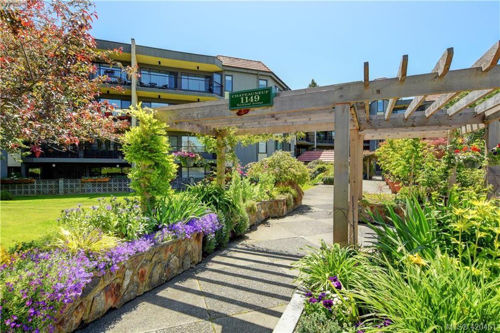 Main Photo: 201 1149 Rockland Ave in VICTORIA: Vi Downtown Condo for sale (Victoria)  : MLS®# 832124