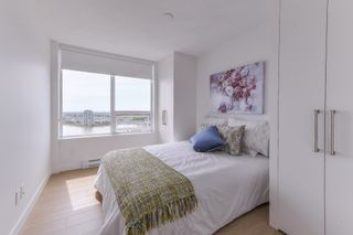 """Photo 11: 2211 988 QUAYSIDE Drive in New Westminster: Quay Condo for sale in """"RIVERSKY 2"""" : MLS®# R2368700"""