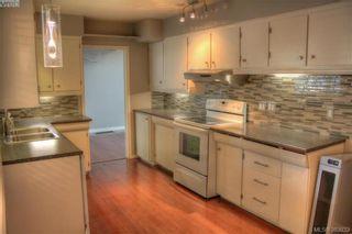Photo 3: 1885 Feltham Rd in VICTORIA: SE Lambrick Park House for sale (Saanich East)  : MLS®# 769790