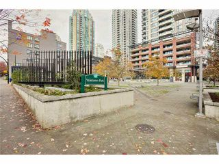 """Photo 17: 2504 977 MAINLAND Street in Vancouver: Yaletown Condo for sale in """"YALETOWN PARK III"""" (Vancouver West)  : MLS®# V1094535"""