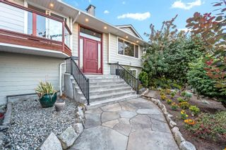 Photo 2: 910 E 4TH Street in North Vancouver: Calverhall House for sale : MLS®# R2611296