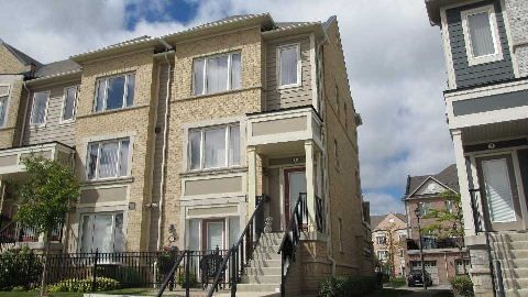 Main Photo: 1 3025 Destination Drive in Mississauga: Central Erin Mills Condo for lease : MLS®# W3018707