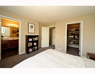 Photo 9: 25 COPPERFIELD Court SE in CALGARY: Copperfield Townhouse for sale (Calgary)  : MLS®# C3383561