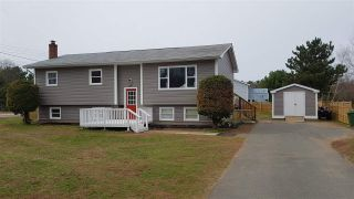 Photo 1: 1132 TUFTS Avenue in Greenwood: 404-Kings County Residential for sale (Annapolis Valley)  : MLS®# 201908690