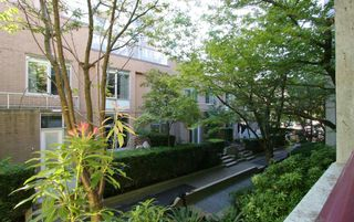 """Photo 4: 102 1042 NELSON Street in Vancouver: West End VW Condo for sale in """"KELVIN'S COURT"""" (Vancouver West)  : MLS®# R2606360"""
