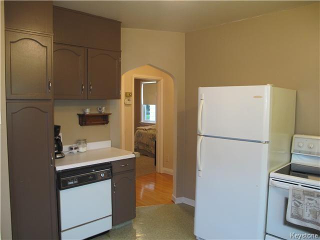 Photo 9: Photos:  in WINNIPEG: East Kildonan Residential for sale (North East Winnipeg)  : MLS®# 1527624