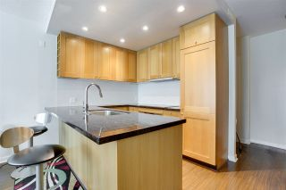 """Photo 3: 701 821 CAMBIE Street in Vancouver: Yaletown Condo for sale in """"Raffles on Robson"""" (Vancouver West)  : MLS®# R2509308"""