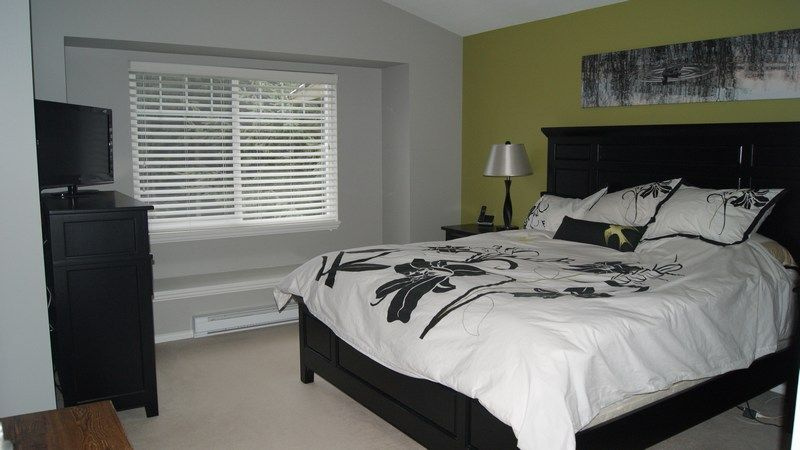 """Photo 11: Photos: 51 3405 PLATEAU Boulevard in Coquitlam: Westwood Plateau Townhouse for sale in """"PINNACLE RIDGE"""" : MLS®# V985580"""