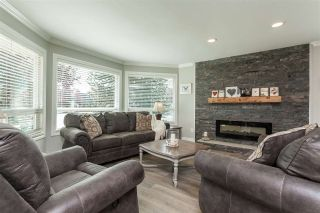 """Photo 1: 6059 187 Street in Surrey: Cloverdale BC House for sale in """"Eaglecrest"""" (Cloverdale)  : MLS®# R2399815"""