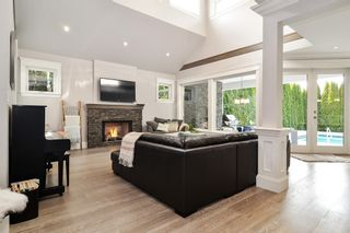 """Photo 3: 8913 MOWAT Street in Langley: Fort Langley House for sale in """"Fort Langley Village"""" : MLS®# R2545349"""