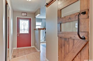 Photo 5: 318 OBrien Crescent in Saskatoon: Silverwood Heights Residential for sale : MLS®# SK847152