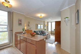 """Photo 4: 609 950 DRAKE Street in Vancouver: Downtown VW Condo for sale in """"ANCHOR POINT"""" (Vancouver West)  : MLS®# R2574592"""