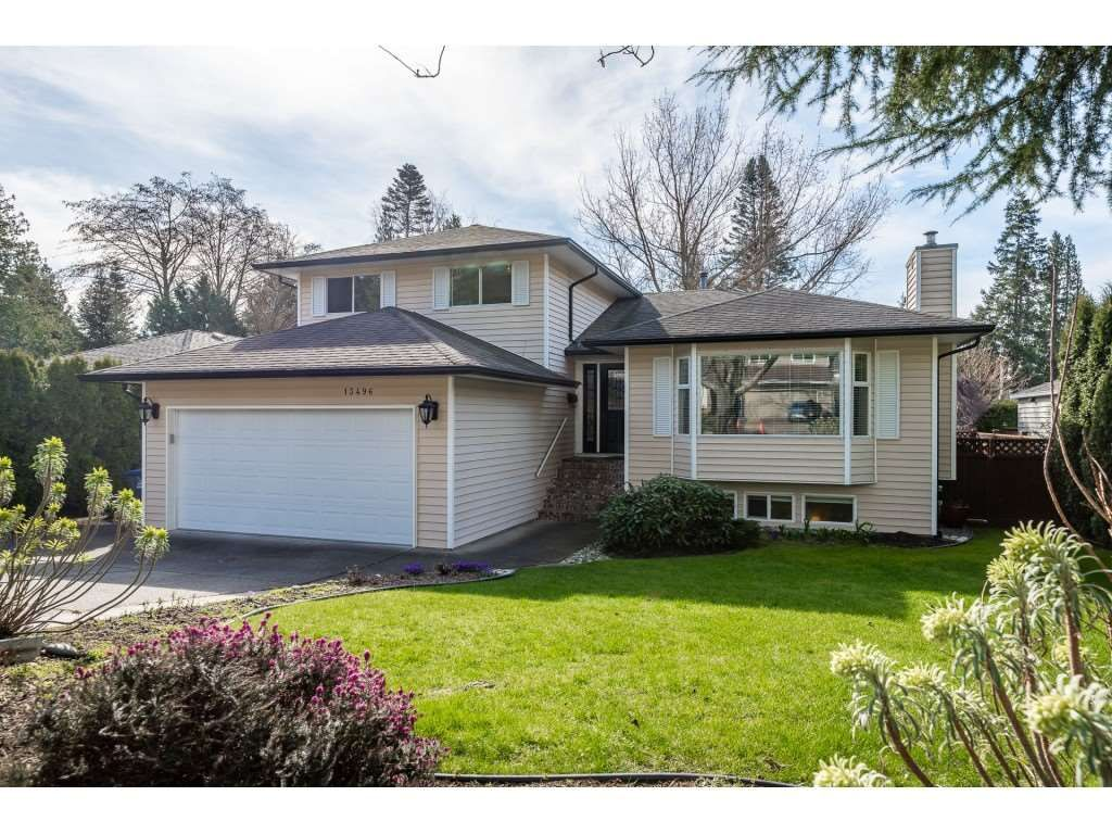 "Main Photo: 13496 15A Avenue in Surrey: Crescent Bch Ocean Pk. House for sale in ""Marine Terrace"" (South Surrey White Rock)  : MLS®# R2550596"