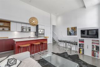 """Photo 5: 2838 WATSON Street in Vancouver: Mount Pleasant VE Townhouse for sale in """"DOMAIN TOWNHOMES"""" (Vancouver East)  : MLS®# R2218278"""