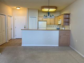 Photo 9: 2113 PATTERSON View SW in Calgary: Patterson Apartment for sale : MLS®# C4290598