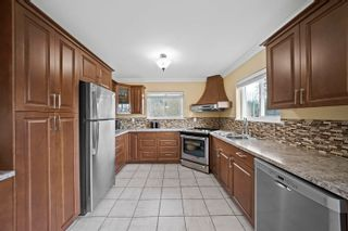 Photo 8: 1370 OAK Place in Squamish: Brackendale House for sale : MLS®# R2614210