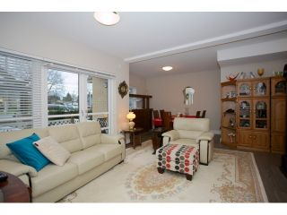 """Photo 4: 108 5811 177B Street in Surrey: Cloverdale BC Condo for sale in """"LATIS"""" (Cloverdale)  : MLS®# R2023487"""