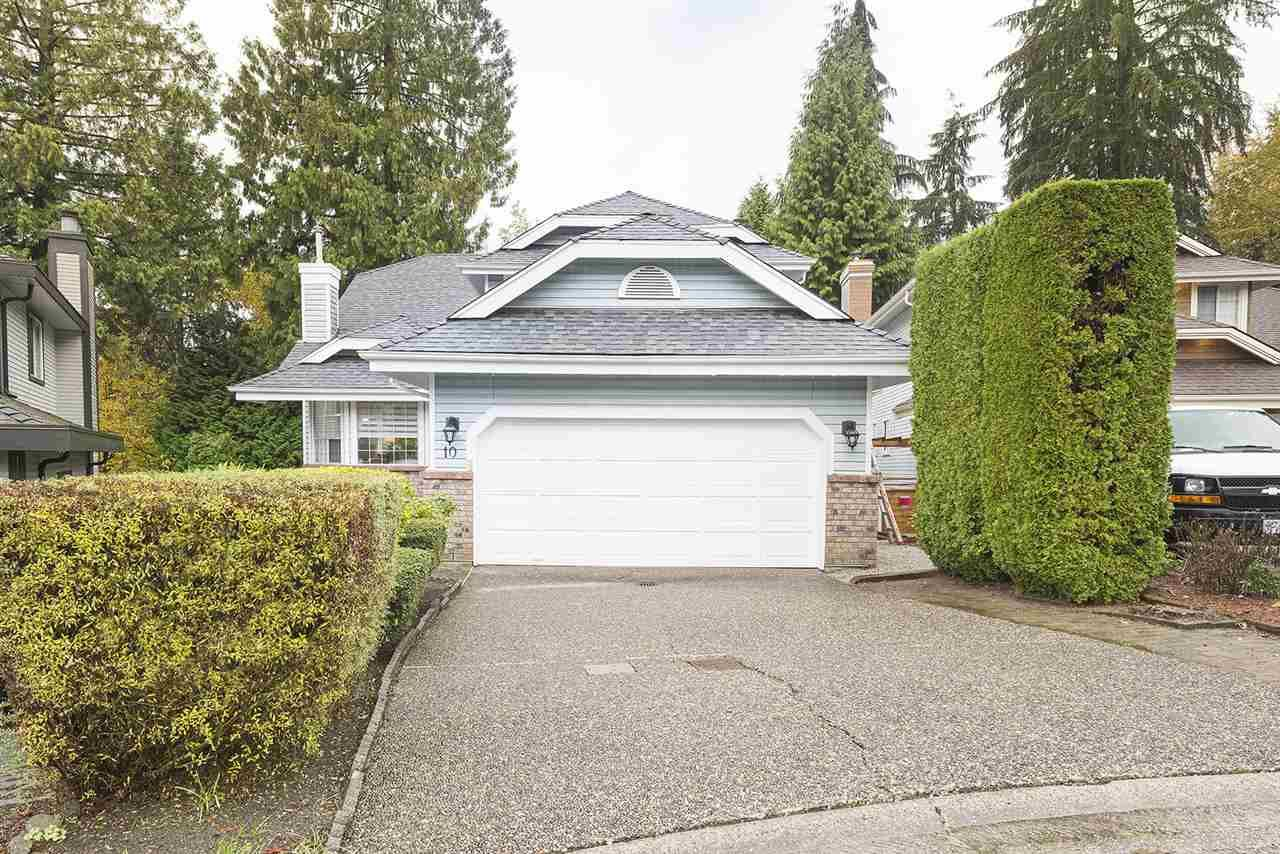Main Photo: 10 PARKWOOD Place in Port Moody: Heritage Mountain House for sale : MLS®# R2514988