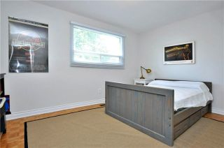 Photo 2: 6 Sir Gawaine Place in Markham: Markham Village House (Backsplit 4) for sale : MLS®# N3571926
