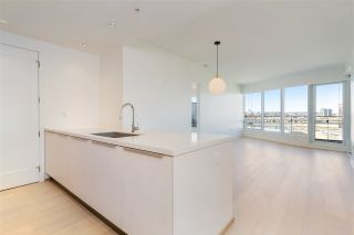 """Photo 16: 807 181 W 1ST Avenue in Vancouver: False Creek Condo for sale in """"BROOK AT THE VILLAGE"""" (Vancouver West)  : MLS®# R2567643"""