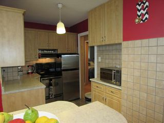 Photo 12: 290 Melbourne Avenue in Winnipeg: East Kildonan Residential for sale (3D)  : MLS®# 202115618