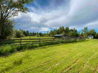 """Photo 3: 7995 OLD CARIBOO Highway in Prince George: Pineview House for sale in """"Pineview"""" (PG Rural South (Zone 78))  : MLS®# R2592037"""