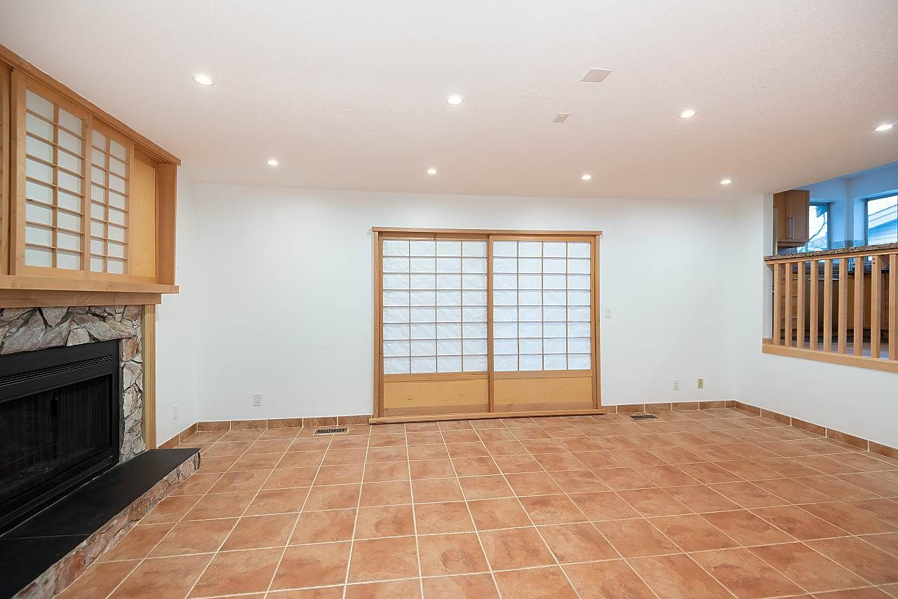 Photo 15: Photos: 1195 DURANT DRIVE in Coquitlam: Scott Creek House for sale : MLS®# R2522080