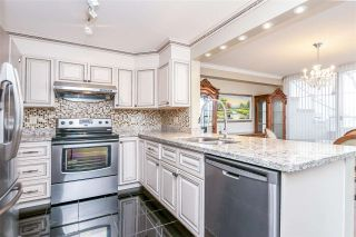 """Photo 5: 516 456 MOBERLY Road in Vancouver: False Creek Condo for sale in """"PACIFIC COVE"""" (Vancouver West)  : MLS®# R2248992"""
