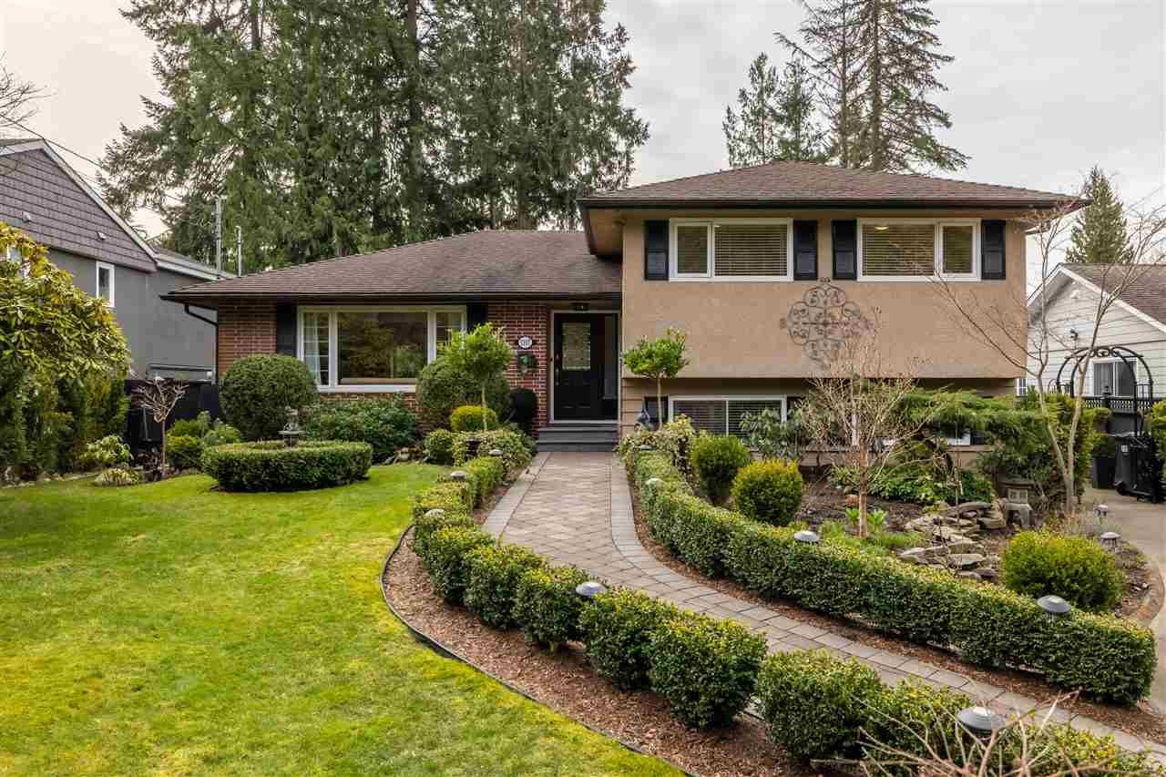 Main Photo: 1107 LINNAE Avenue in North Vancouver: Canyon Heights NV House for sale : MLS®# R2551247