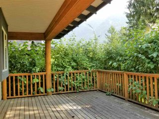 """Photo 8: 43520 DEER RUN Road in Chilliwack: Columbia Valley House for sale in """"The Cottages at Cultus Lake"""" (Cultus Lake)  : MLS®# R2201255"""