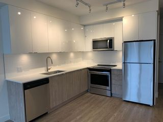 """Photo 2: 403 37881 CLEVELAND Avenue in Squamish: Downtown SQ Condo for sale in """"The Main"""" : MLS®# R2448489"""