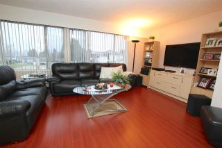 Photo 2: 5128 FULWELL Street in Burnaby: Greentree Village House for sale (Burnaby South)  : MLS®# R2028492