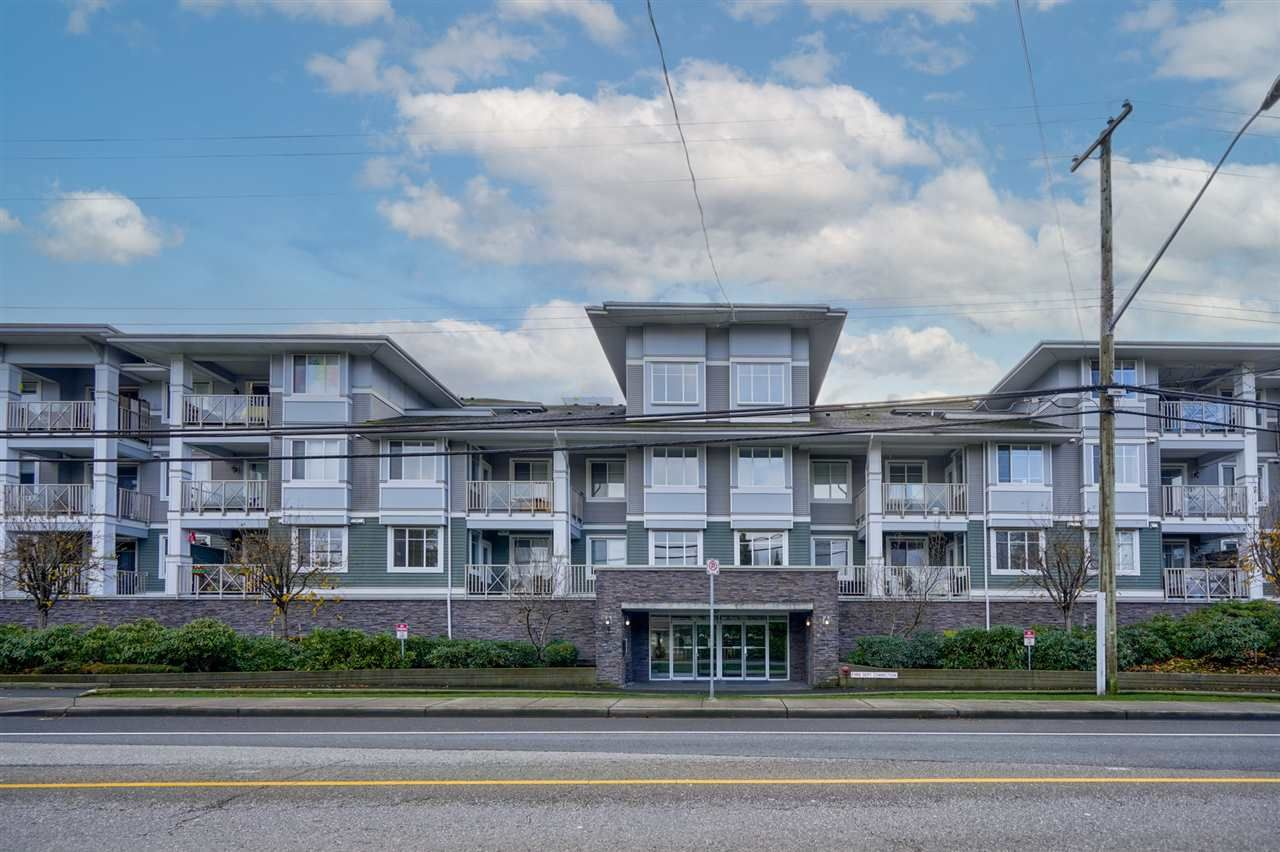 """Main Photo: 312 46262 FIRST Avenue in Chilliwack: Chilliwack E Young-Yale Condo for sale in """"The Summit"""" : MLS®# R2522229"""