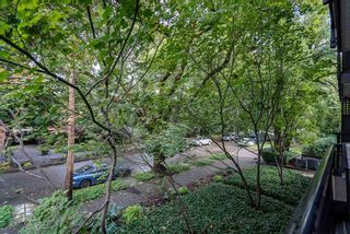 Photo 8: 214 555 W 14TH AVENUE in Vancouver: Fairview VW Condo for sale (Vancouver West)  : MLS®# R2502784