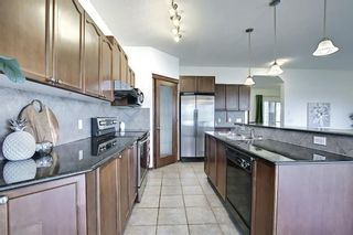 Photo 15: 189 CRESTMOUNT Drive SW in Calgary: Crestmont Detached for sale : MLS®# A1118741