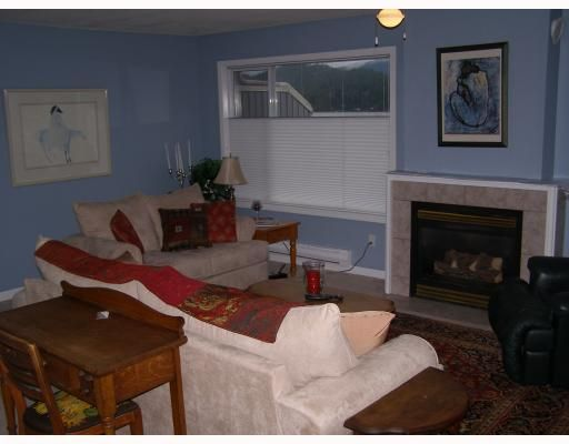 """Photo 2: Photos: 11 291 PERIWINKLE Lane in Gibsons: Gibsons & Area Condo for sale in """"GOWER GARDENS"""" (Sunshine Coast)  : MLS®# V809153"""