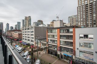 """Photo 19: 404 1066 HAMILTON Street in Vancouver: Yaletown Condo for sale in """"The New Yorker"""" (Vancouver West)  : MLS®# R2437026"""