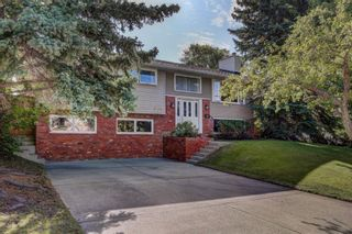 Photo 2: 3208 UPLANDS Place NW in Calgary: University Heights Detached for sale : MLS®# A1024214