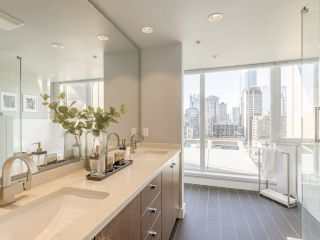 """Photo 30: 2001 1055 RICHARDS Street in Vancouver: Downtown VW Condo for sale in """"Donovan"""" (Vancouver West)  : MLS®# R2555936"""
