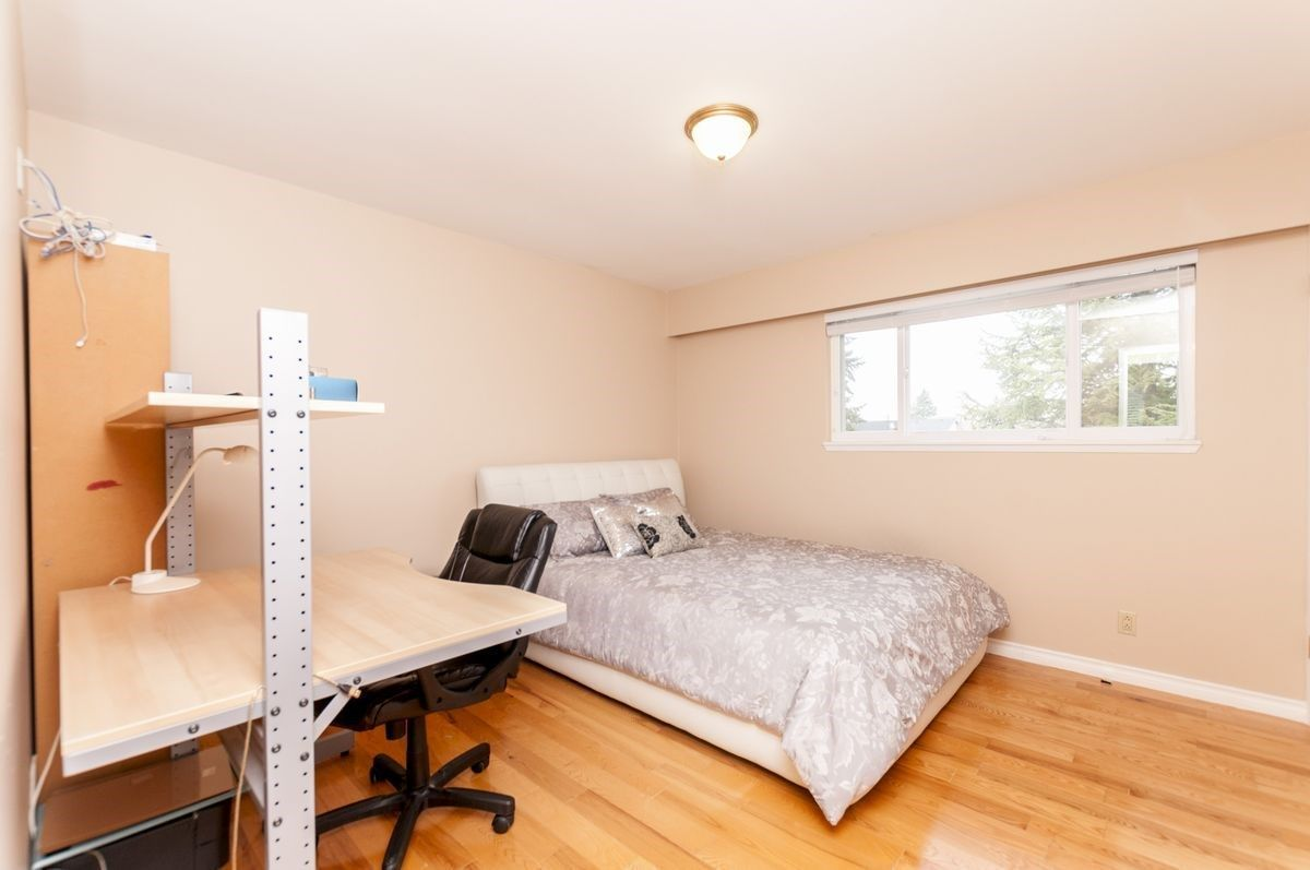 Photo 19: Photos: 9640 GLENTHORNE Drive in Richmond: Saunders House for sale : MLS®# R2265891