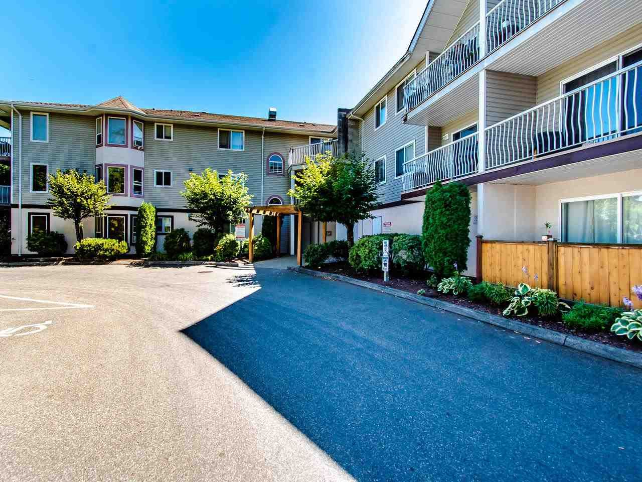 "Main Photo: 310 45222 WATSON Road in Chilliwack: Vedder S Watson-Promontory Condo for sale in ""WESTWIND"" (Sardis)  : MLS®# R2500192"