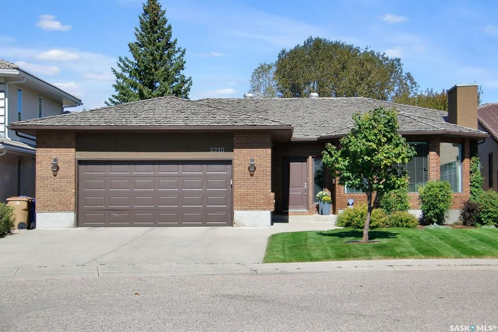 Main Photo: 2210 Wascana Greens in Regina: Wascana View Residential for sale : MLS®# SK870181