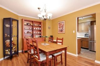 """Photo 7: 204 1458 BLACKWOOD Street: White Rock Condo for sale in """"Champlain Manor"""" (South Surrey White Rock)  : MLS®# R2208824"""