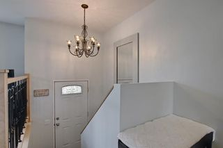 Photo 3: 39 Fonda Green SE in Calgary: Forest Heights Detached for sale : MLS®# A1118511