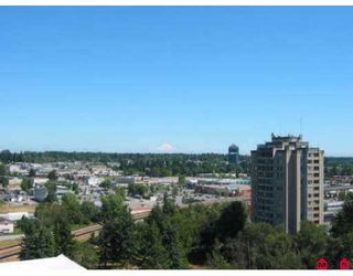 "Photo 8: 10523 134TH Street in Surrey: Whalley Condo for sale in ""THE GRANDVIEW COURT"" (North Surrey)  : MLS®# F2622279"